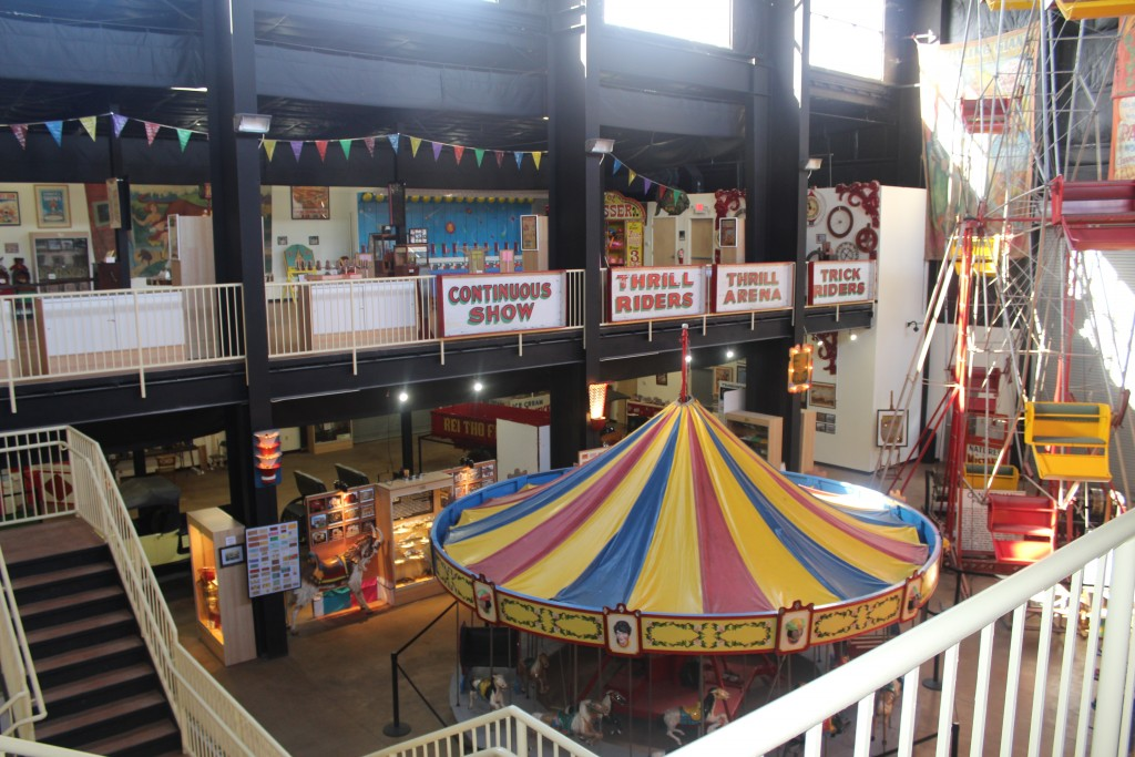 """alt=""""The International Independent Showmen's Museum Is 52,000 Square Feet Packed With Amazing Exhibits"""""""