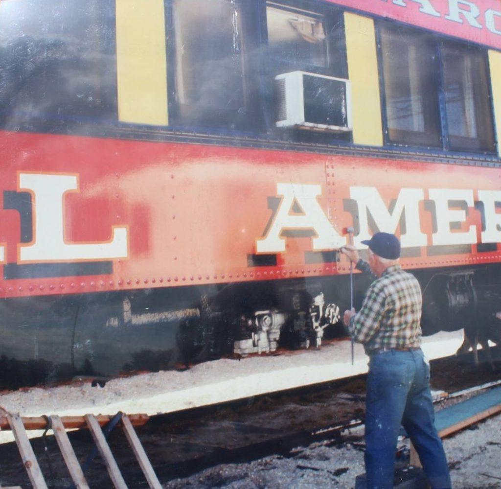 """alt=""""carnival sign painters"""""""